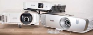How do I choose a projector?