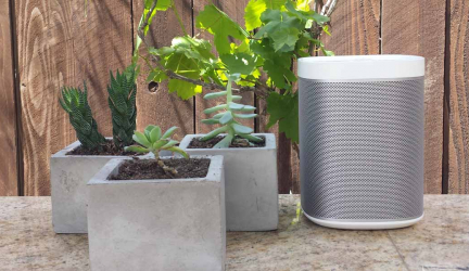 How To Choose the Best Outdoor Projector Speakers?